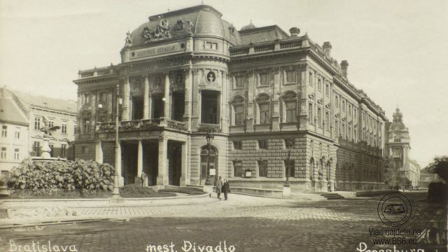 Slovenské národné divadlo - 1930